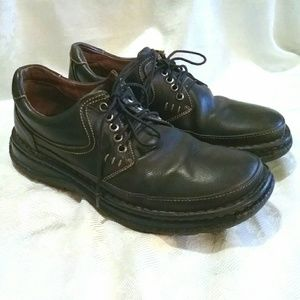 Men's BORN Leather Lace Up Casual Oxfords Shoes